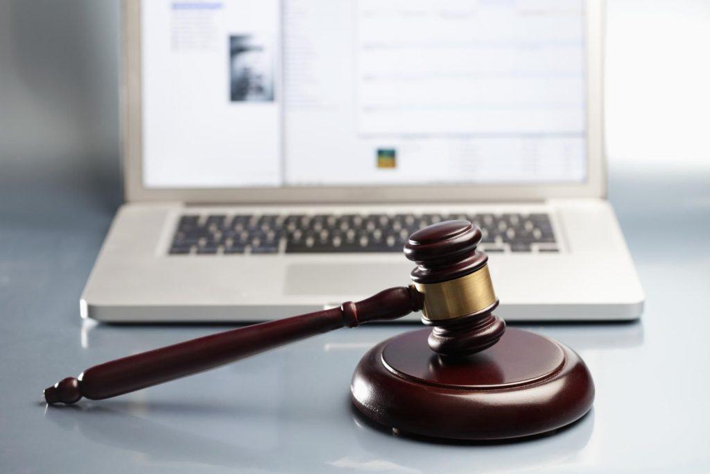 advantages of legal research